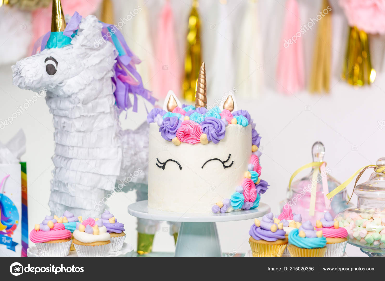 Little Kid Birthday Party Little Girl Birthday Party Table Unicorn Cake Cupcakes Sugaer