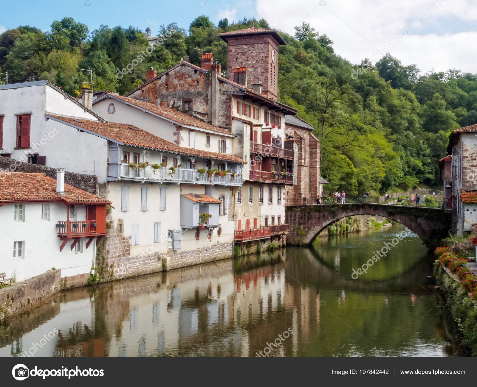 St Jean De Pied De Port Nive River James Bridge Saint Jean Pied Port France Stock Photo