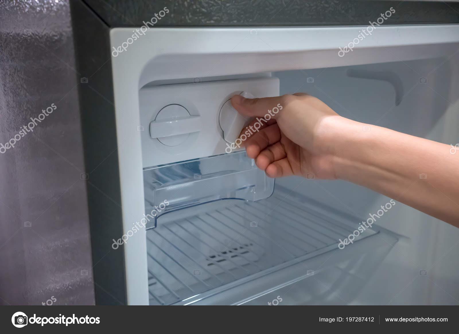 Outdoorküche Mit Kühlschrank Mit Gefrierfach : Kühlschrank mit eismaschine kühlschrank mit eiswürfel