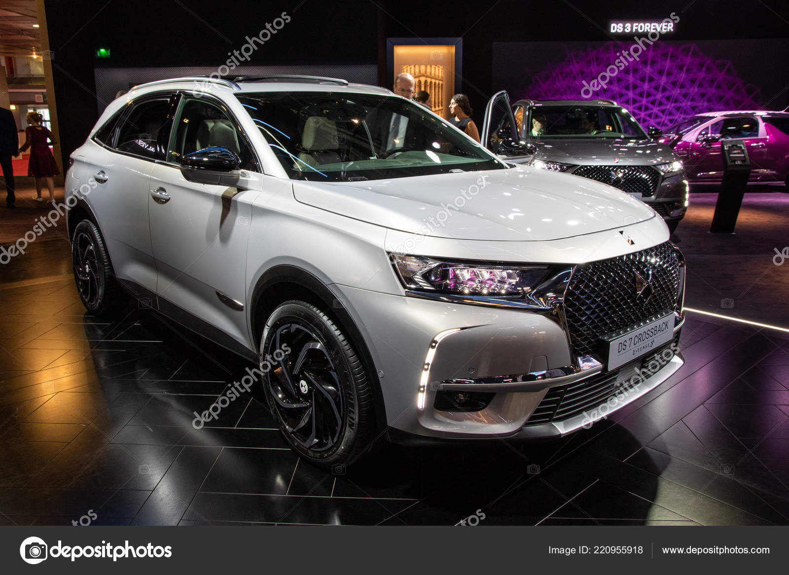 Citroen Ds7 Paris Oct 2018 Citroen Ds7 Crossback Tense Car Showcased Paris
