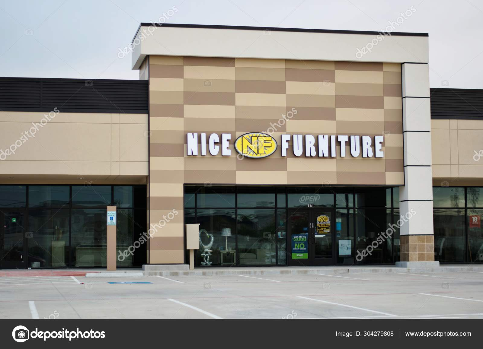 Houston Texas Usa 2019 Nice Furniture Store Front Humble Texas Stock Editorial Photo Stroppy1 304279808