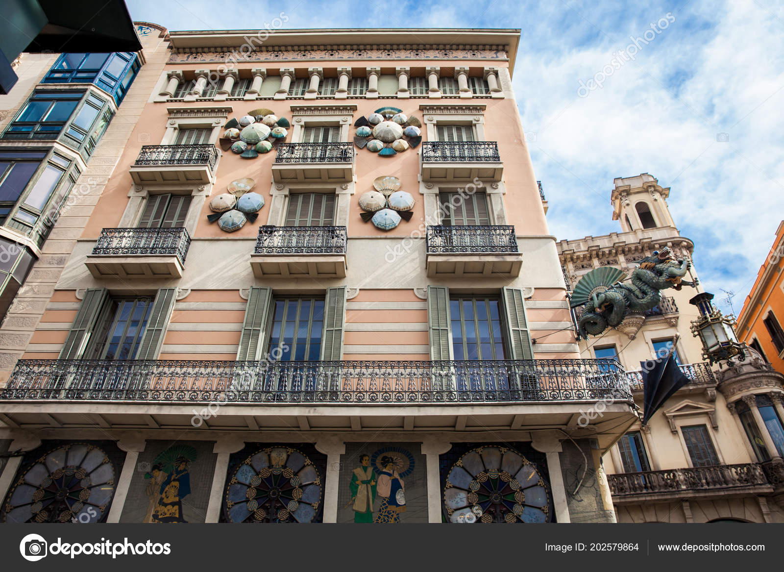 Casa Bruno Barcelona March 2018 House Umbrellas Casa Bruno Cuadros Built 19th