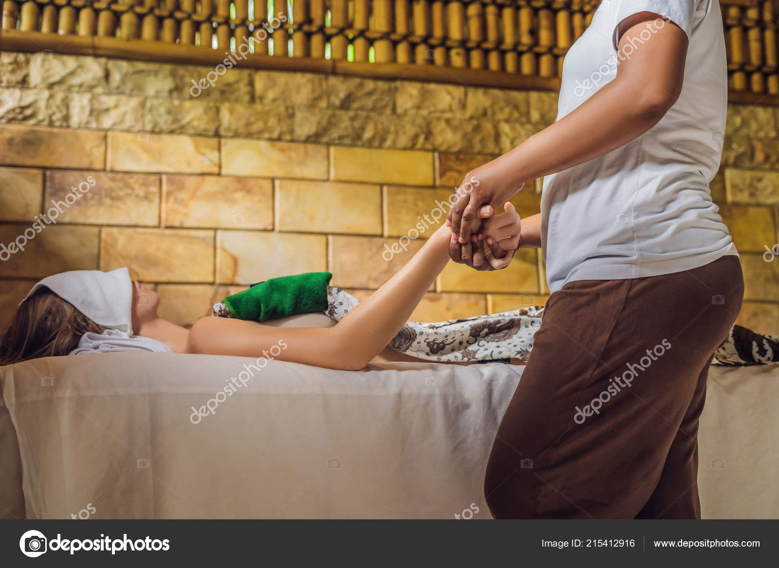 Salon Massage Thai Young Woman Total Relaxation Thai Massage Spa Salon Stock Photo