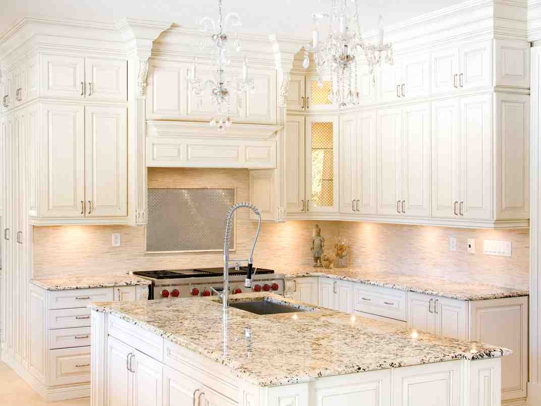 What Color Countertops Go With White Cabinets Granite Colors For White Cabinets Home Furniture Design