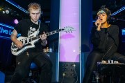 Watch Mura Masa and Bonzai completely zone out the Live Lounge