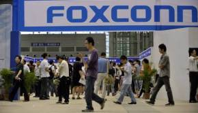 Foxconn using forced College Chinese students to build the PS4
