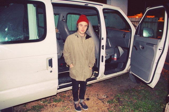 Hibou leaves to continue his national tour! Follow him @HibouBand on Twitter and Instagram for dates and locations!