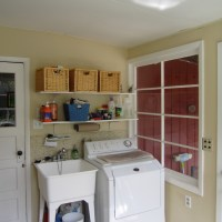 Katie's House: Progress in the Laundry Room and a DIY Concrete Backsplash
