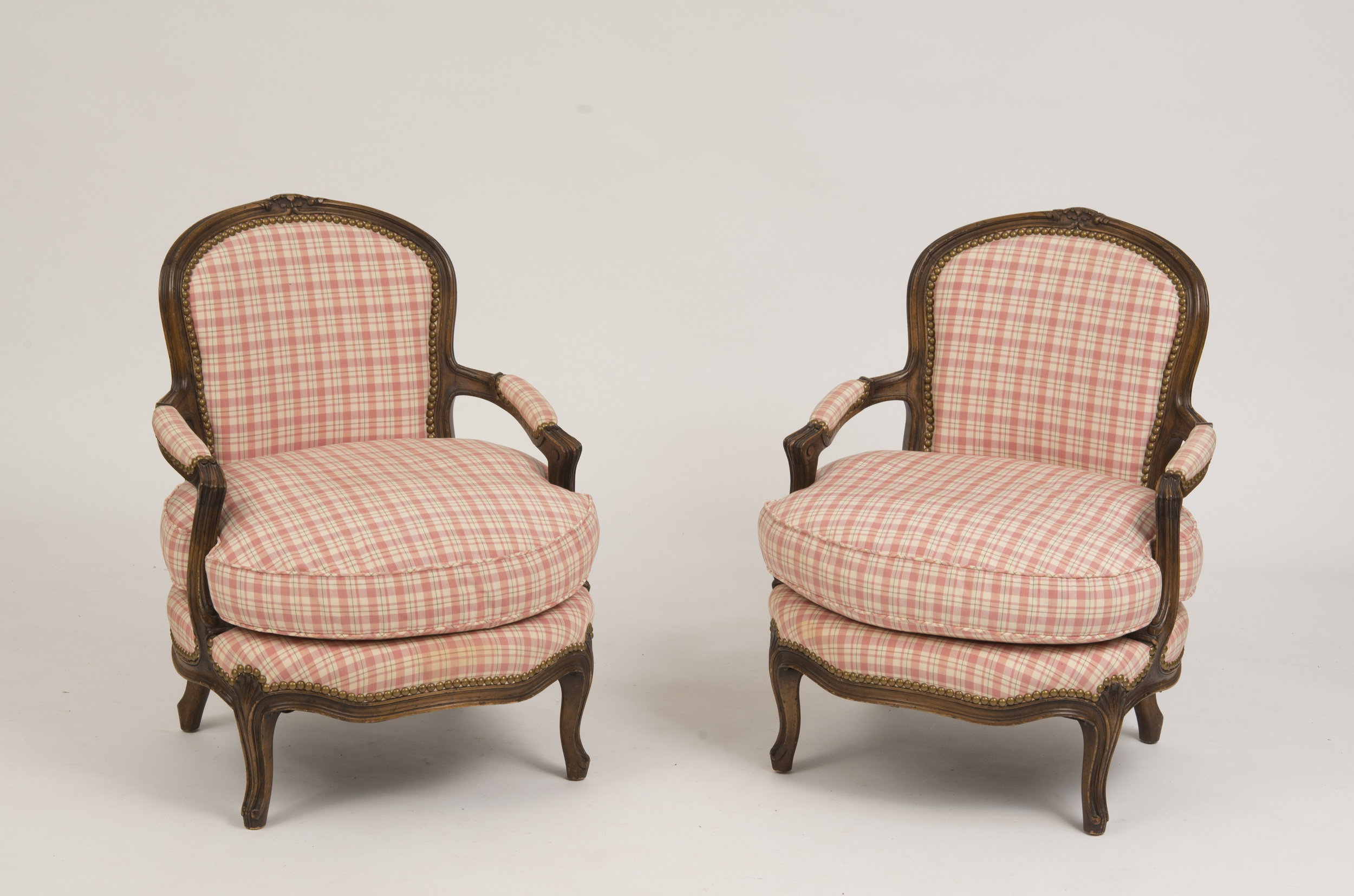 Fauteuil En Cabriolet Pair Of Louis Xv Style Carved Beechwood Fauteuils En Cabriolet