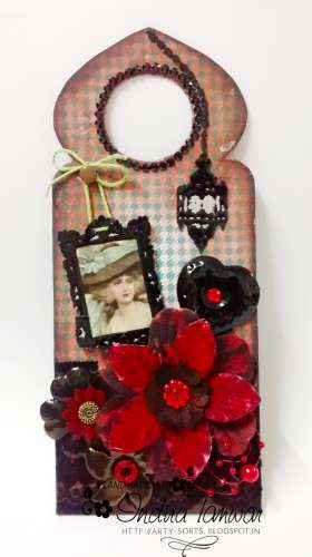 Project: Mixed Media Door Hanger