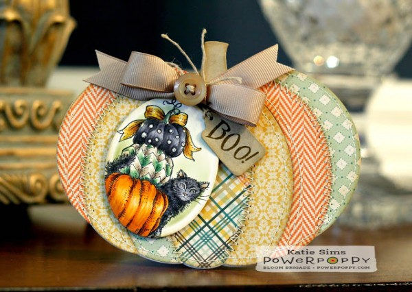 Project: Pumpkin Shaped Card