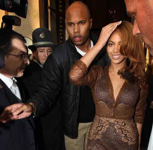 10 Things Beyonce's Bodyguard Knows (That He'll Never Tell)