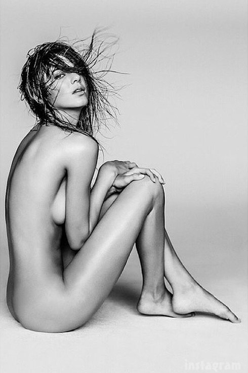 Kendall Jenner Nude Photo By Russell James Posted Sister Kourtney - 490 x 736 jpeg 53kB
