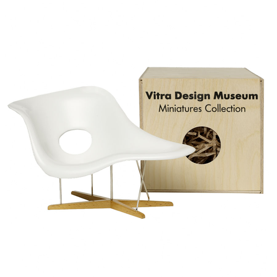Chaise Design Miniature Vitra Miniatures La Chaise Open Box Floor Sample Sale
