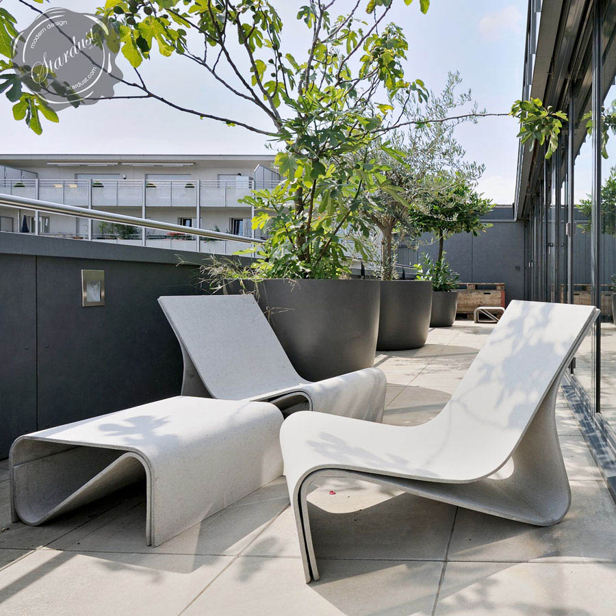 Modern Table And Chairs Sponeck Table Modern Garden Table