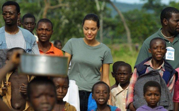 Angolans Return Home