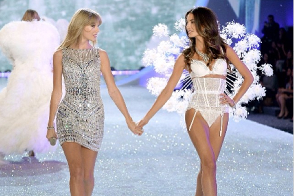 Taylor Swift & Lily Aldridge
