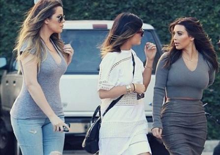 Khloe Kardashian, Kylie Jenner & Kim Kardashian