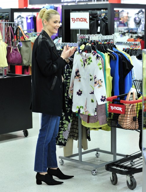Maxxinista Jaime King picks up designer spring fashions at T.J.Maxx in Los Angeles, CA.