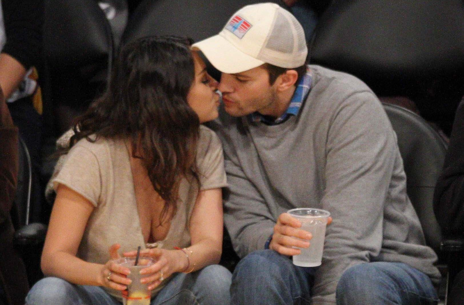 Mila Kunis, Ashton Kutcher Married