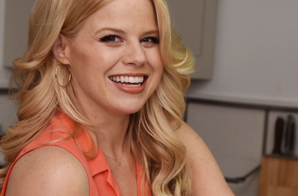 In The Kitchen With Megan Hilty And Glad Food Protection For Earth Month