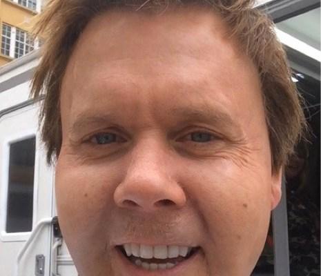 Kevin Bacon selfie