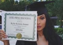kylie-jenner-graduation-party