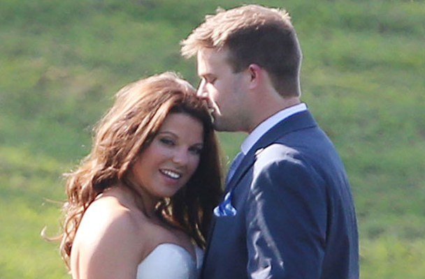 Exclusive... 51842897 Reality star Amy Duggar weds Dillon King in front of friends and family at Horton Farms in Bentonville, Arkansas on September 6, 2015. Family members from the now scandal ridden '19 Kids & Counting' show that attended were Anna Duggar, Jim Bob Duggar, Michelle Duggar, pregnant Jessa Duggar and her husband Ben Seewald. Reality star Amy Duggar weds Dillon King in front of friends and family at Horton Farms in Bentonville, Arkansas on September 6, 2015. Family members from the now scandal ridden '19 Kids & Counting' show that attended were Anna Duggar, Jim Bob Duggar, Michelle Duggar, pregnant Jessa Duggar and her husband Ben Seewald.  Pictured: Amy Duggar, Dillon King FameFlynet, Inc - Beverly Hills, CA, USA - +1 (818) 307-4813
