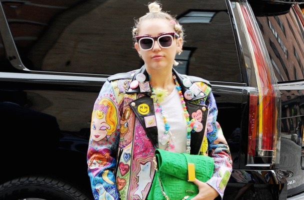 EXCLUSIVE: Miley Cyrus seen at the Soho House in the Meatpacking District.  Pictured: Miley Cyrus Ref: SPL1056898  170615   EXCLUSIVE Picture by: JosiahW / Gachie / Splash News  Splash News and Pictures Los Angeles:310-821-2666 New York:212-619-2666 London:870-934-2666 photodesk@splashnews.com
