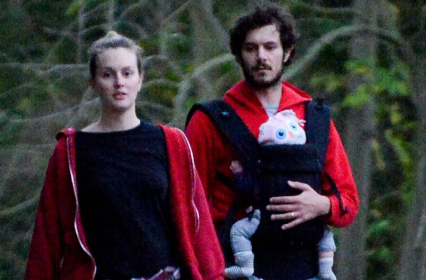 leighton-meester-adam-brody-photos-baby-arlo-day-05