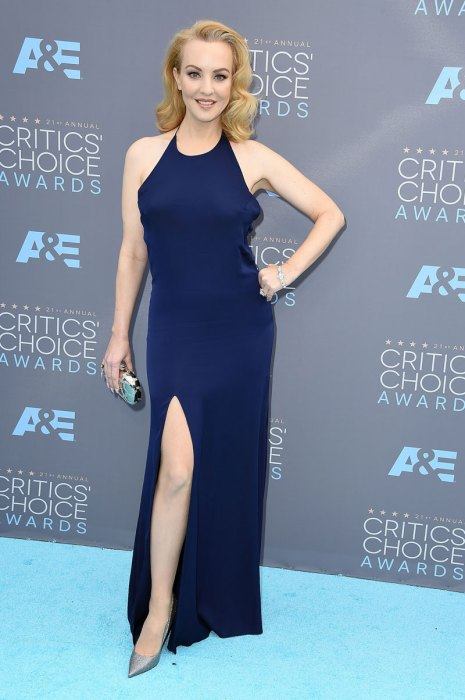 Wendi-McLendon-Covey-in-Forevermark-Diamonds
