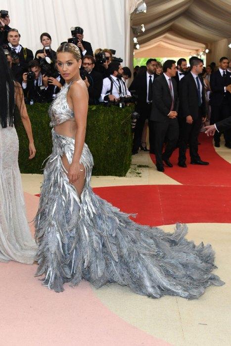 met-gala-2016-red-carpet-fashion-best-worst-pics-19