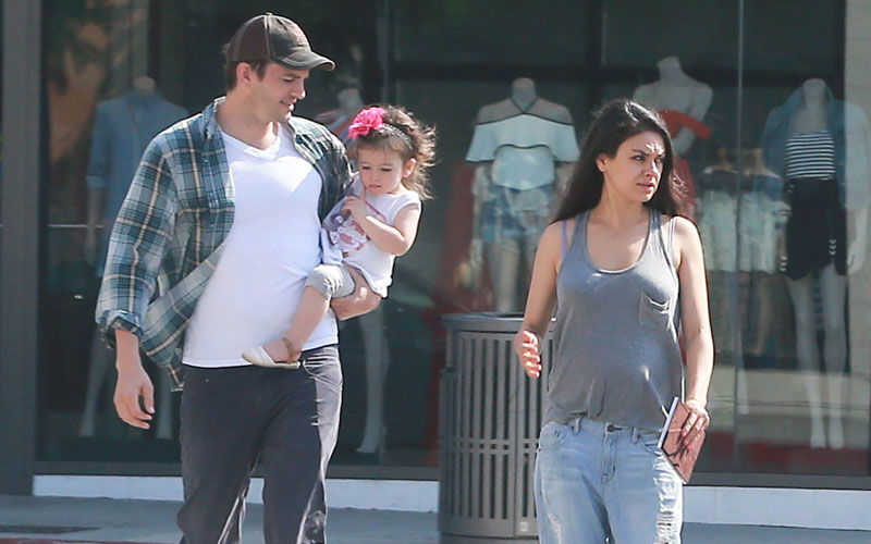 Pregnant Mila Kunis Spotted Getting Breakfast With Wild ...