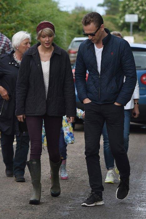 taylor-swift-tom-hiddleston-mom-england-hiddleswift-pics-7