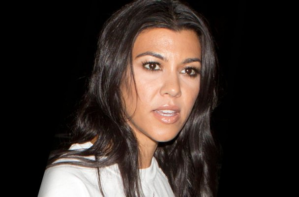 Kourtney Kardashian Car Door Lock Malfunction Video