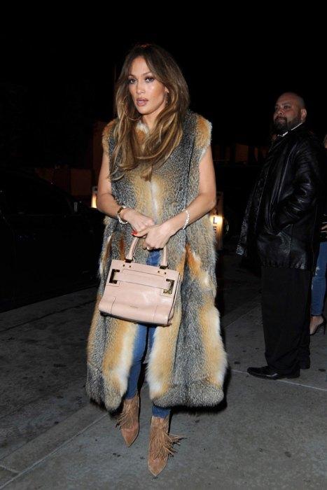 Jennifer Lopez arrives in styletoCatchLA