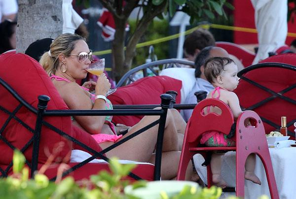 coco-austin-boobs-bikini-daughter-chanel-ice-t-miami-pics-9