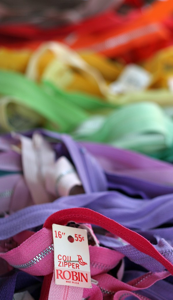 Zipper Rainbow for Sew Mama Sew May Giveaway Day