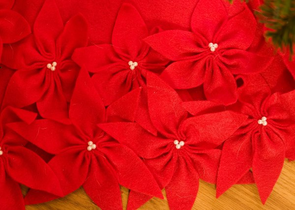 Handmade Felt Flower Tree Skirt