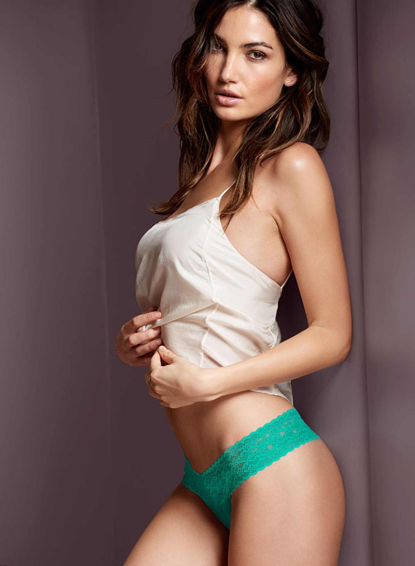Girl Wallpaper Face Tattoo Lily Aldridge Weight Height And Age We Know It All