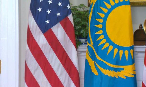 Казахстан и США – экономическое партнерство в XXI веке                                                                                                                            XXI ғасырда Қазақстан мен АҚШ  экономикалық әріптес