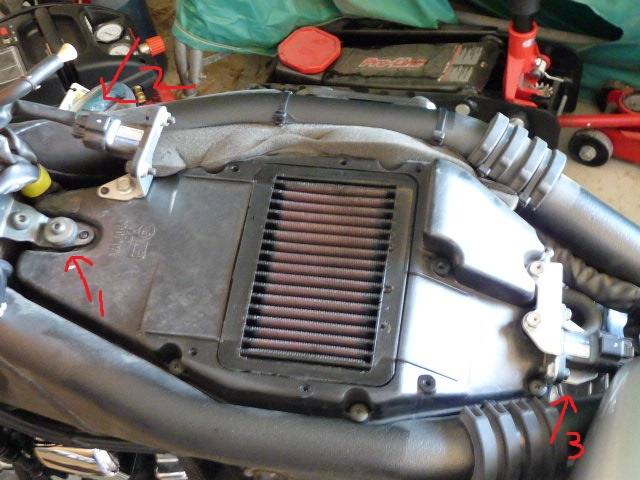 How To Remove The Gas Tank, Change The Air Filter And Change The