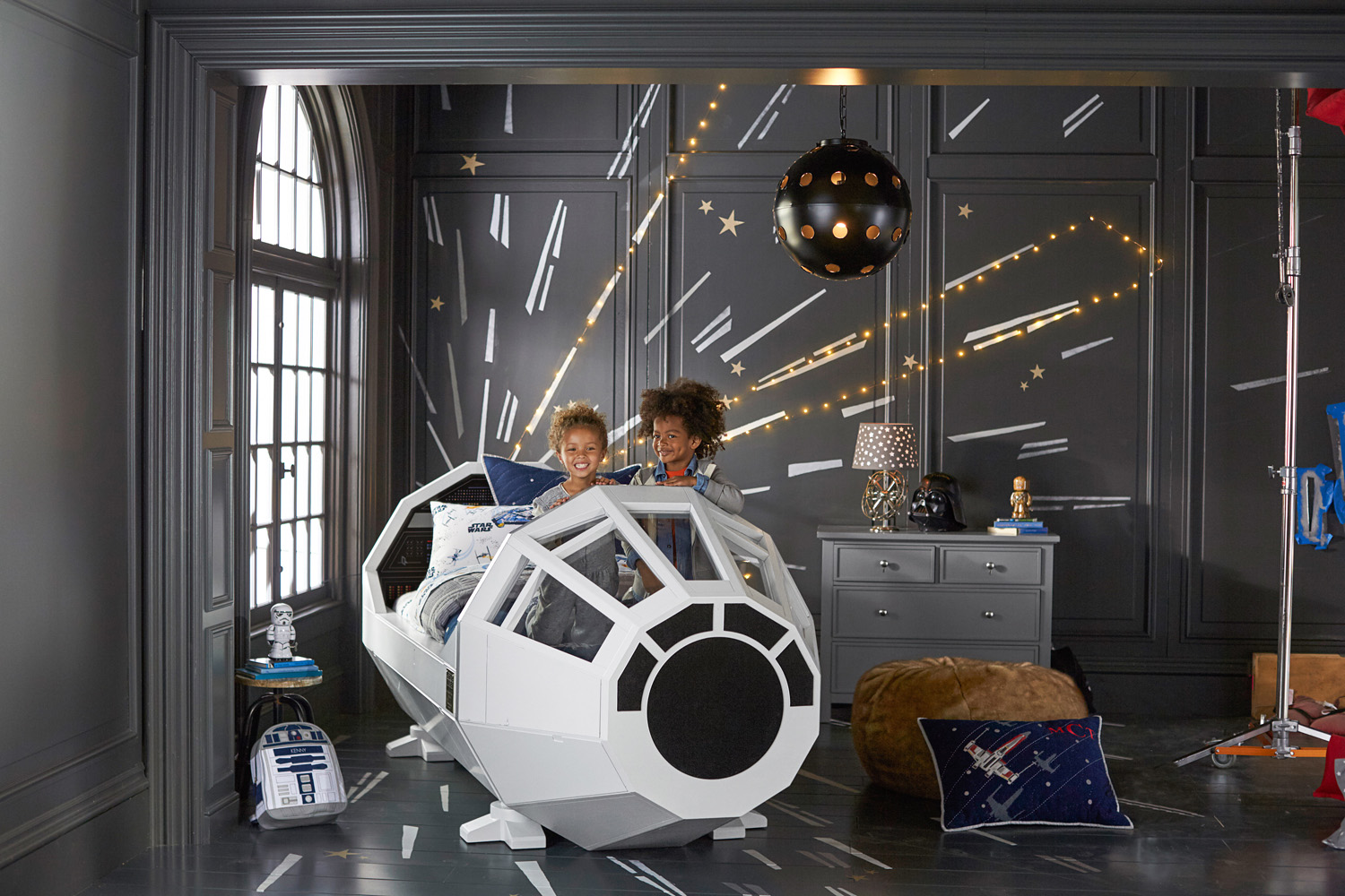 Star Wars Bedroom Ideas Themes Pottery Barn Star Wars Collection Preview Starwars
