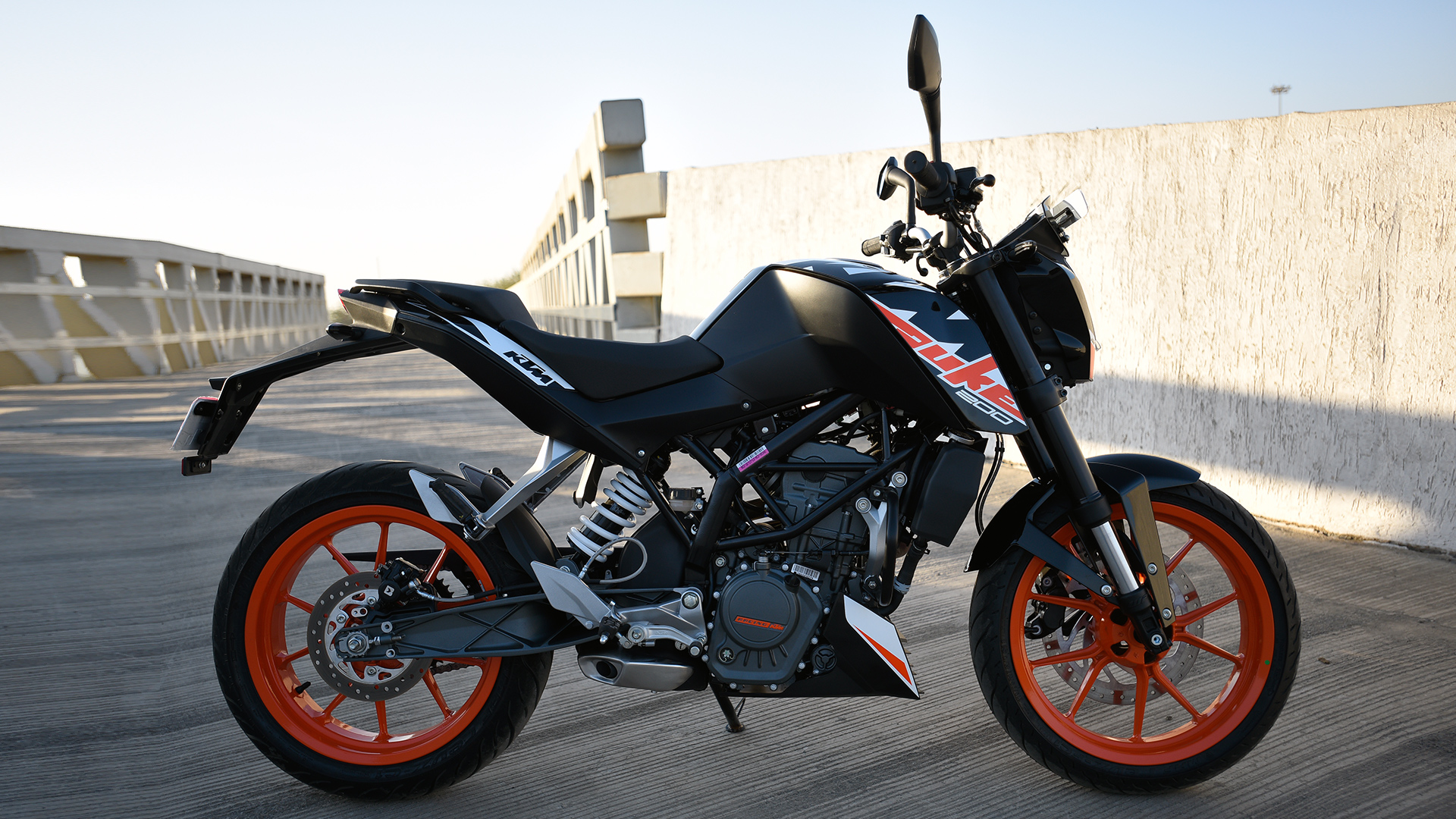 Od Car Wallpaper Download Ktm 200 Duke 2017 Price Mileage Reviews Specification