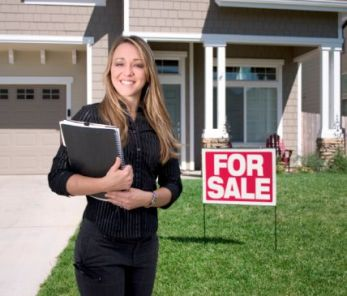 Should I Choose A Real Estate Agent Or A Realtor?