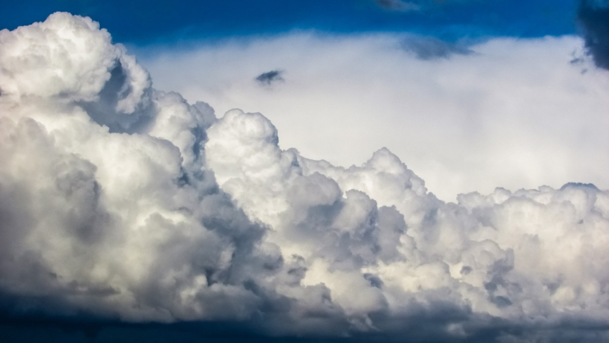 nature-cloud-sky-white-sunlight-cloudy-1206093-pxhere.com_.jpg?fit=1200%2C675
