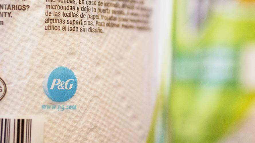 Procter  Gamble Cut Up to $140 Million in Digital Ad Spending