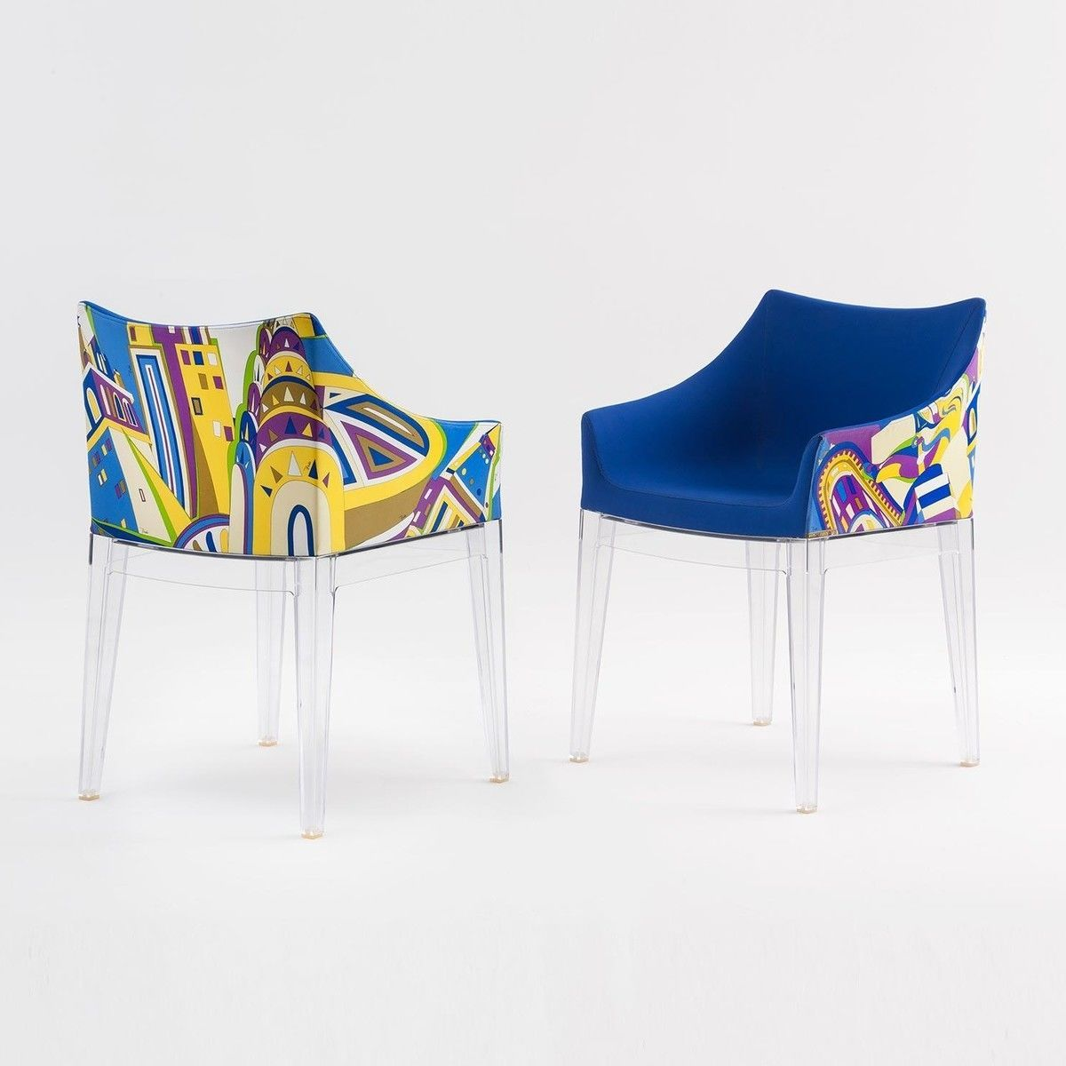 Prince Charles Fauteuils Bleus Madame Pucci Chaise Avec Accoudoirs Kartell