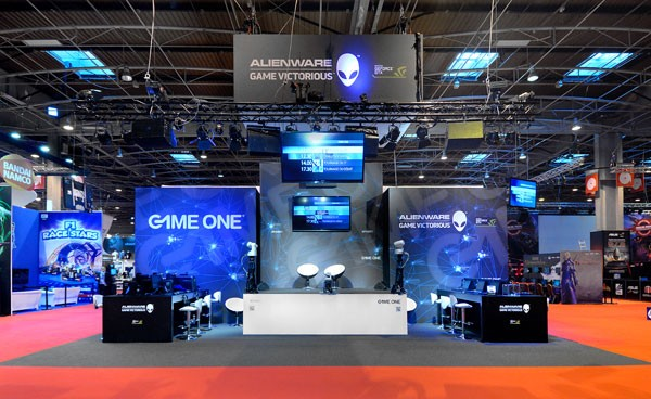 Salon De Jardin Avec Chaises Stand Game One – Salon Paris Games Week 2012 | Stand
