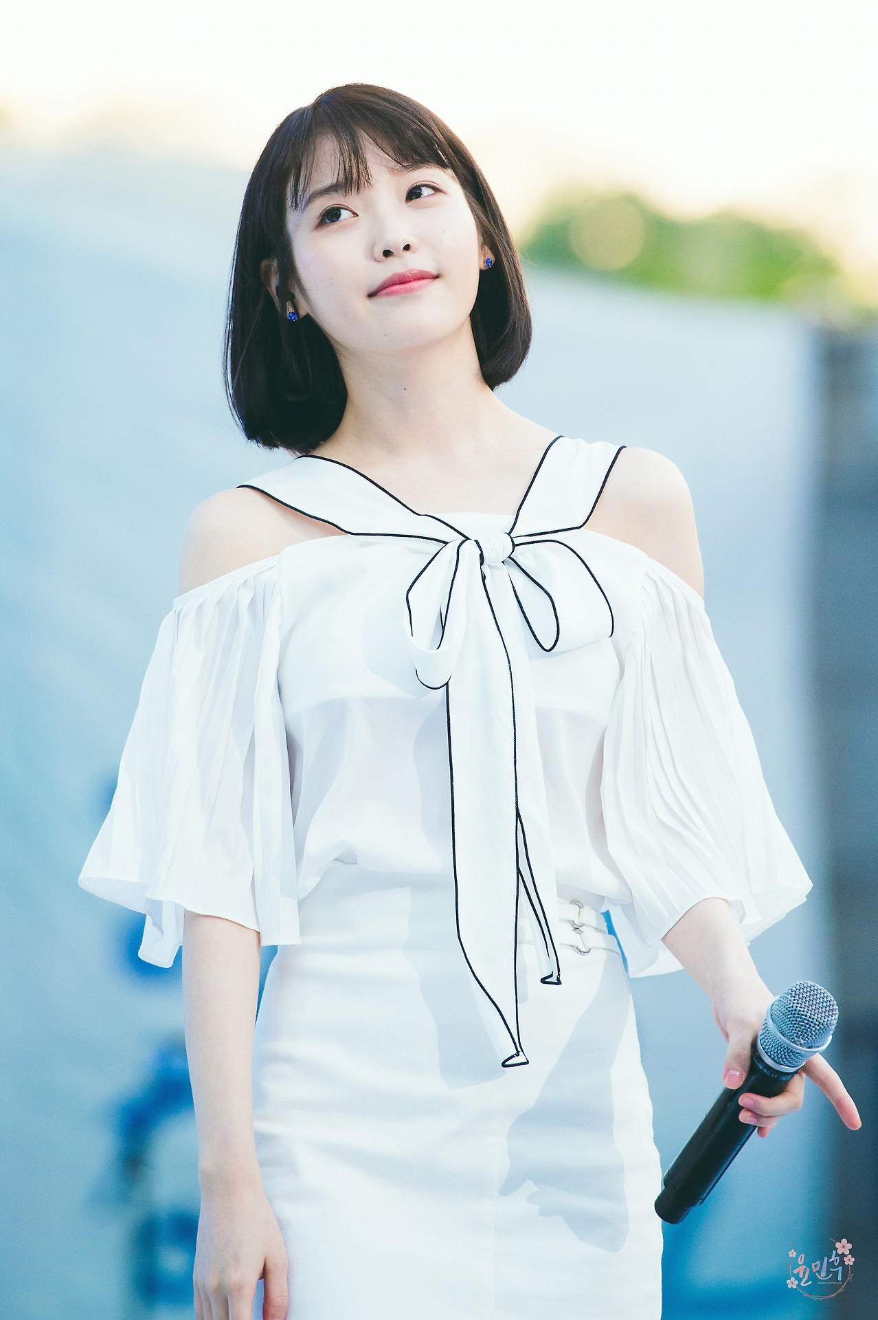 Black Wallpaper Android Iu Android Iphone Wallpaper 150413 Asiachan Kpop Image